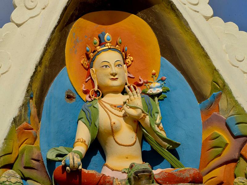 Activités alentours : Le Temple des Mille Bouddhas à La Boulaye (71) photo©jsl